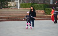 """[网友]""""上善若水""""习拍公园晨练"""